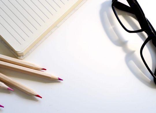 black-desk-document-1007023